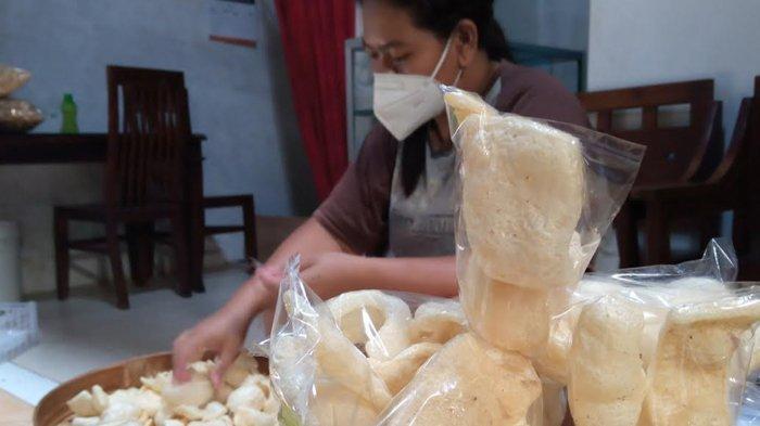 Pesanan Kerupuk Rambak Tulungagung Naik 50 Persen, Tapi Belum Pulih Dari Situasi Pandemi