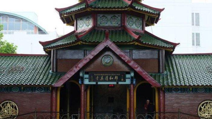 3 Masjid di Jawa Timur Dengan Arsitektur Khas Tionghoa