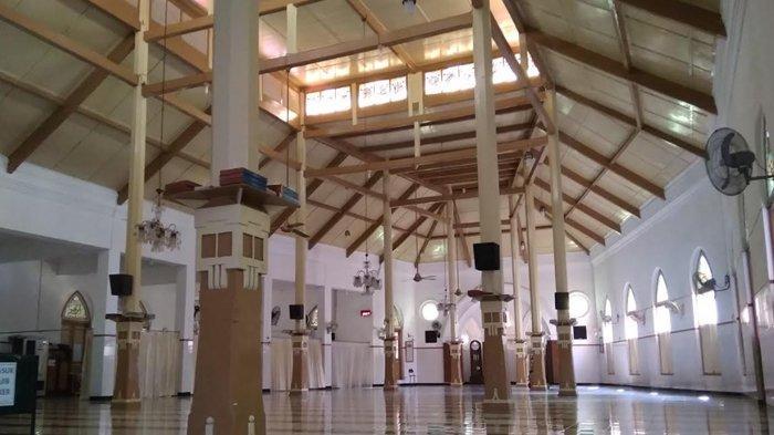 Masjid Jami Peneleh: Didirikan Sunan Ampel di  Tengah Komunitas Muslim dan Hindu