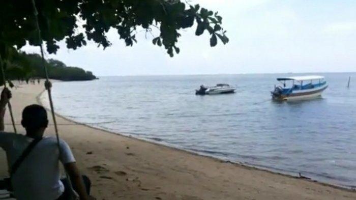 Pantai Bama yang ada di bagian paling ujung Taman Nasional Baluran