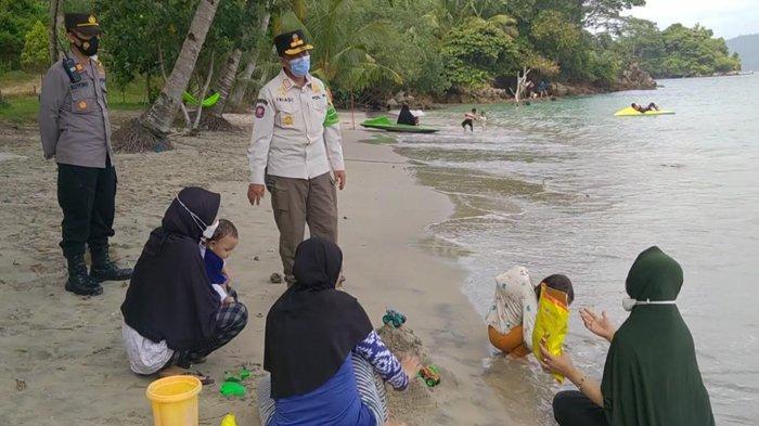 Wisata Pantai di Trenggalek Bergeliat saat Libur Lebaran
