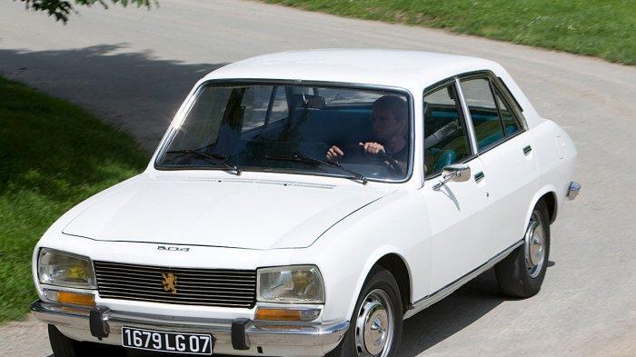 Loyalis dan Kolektor Mobil Peugeot Patut Bangga Langganan Car of The Year Di Jenewa Swiss