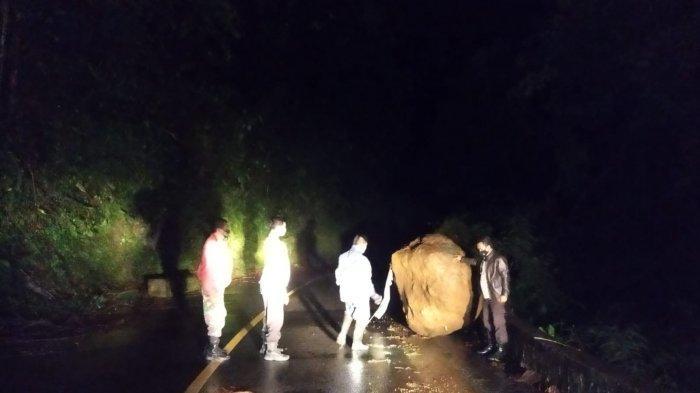 Hati Hati Dampak Hujan Lebat, Piket Nol Akses Lumajang-Malang Kembali Longsor