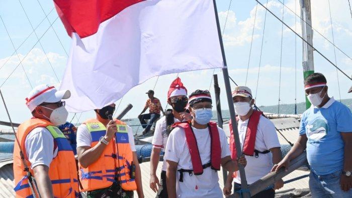 Kibarkan Bendera di Tengah Laut Gus Ipul Gali Potensi Wisata Bahari Kota Pasuruan