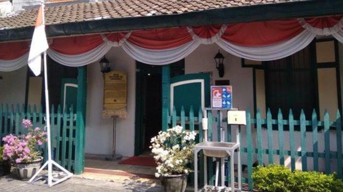 Dua Rumah di Kampung Peneleh ini Simpan Sejarah Bung Karno