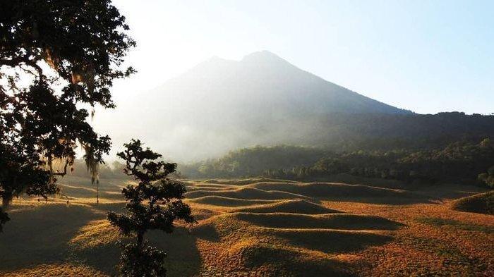 Wisata Pendakian Gunung Rinjani Ditutup Selama 3 Bulan Mulai 1 Januari 2021
