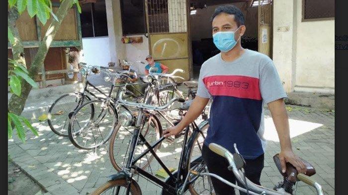 Kolektor Sepeda Jadul Terbanyak Se Indonesia Berburu Hingga Ke Papua