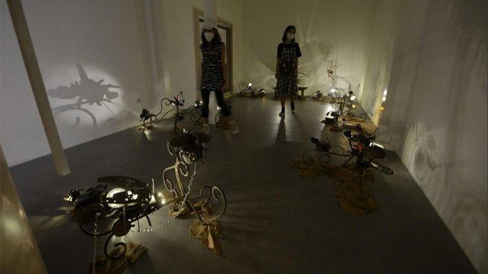 Rekonstruksi 24 Kunang-kunang dalam Pemeran Tunggal 'Kuantum Fayakun'