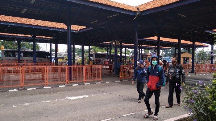 Penumpang di Terminal Bus Purabaya Bungurasih Ngedrop Hingga 50 Persen