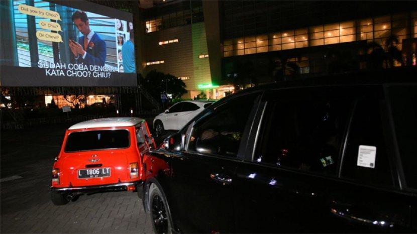 Pengalaman Nonton Bioskop Drive-in Dari Dalam Mobil di Grand City Surabaya, Pertama di Jawa Timur