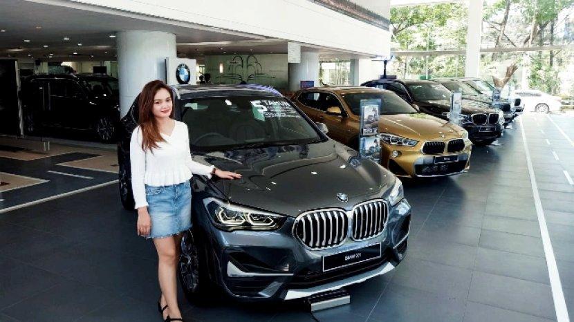 Penggemar BMW Bisa Melihat Line Up Semua Mobil BMW Terbaru di Astra BMW