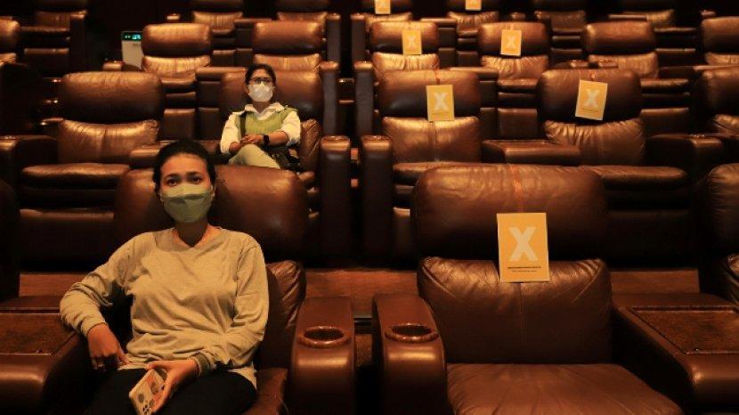 Bioskop di Surabaya Boleh Buka Syaratnya Penonton Telah Vaksin Dosis Kedua