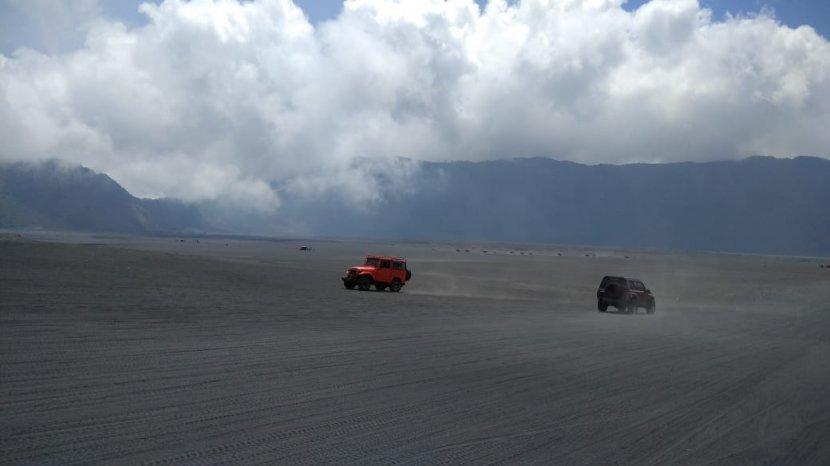 Wisata Gunung Bromo Hari Ini Dibuka Kembali Secara Bertahap Hanya 3 Lokasi Saja