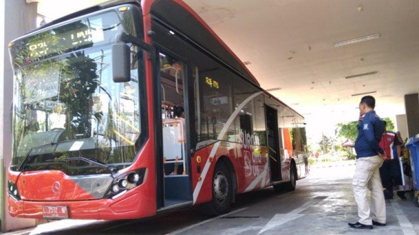Keliling Surabaya Gratis Dengan Suroboyo Bus, Syarat Hanya Bawa Botol Plastik Bekas Air Mineral