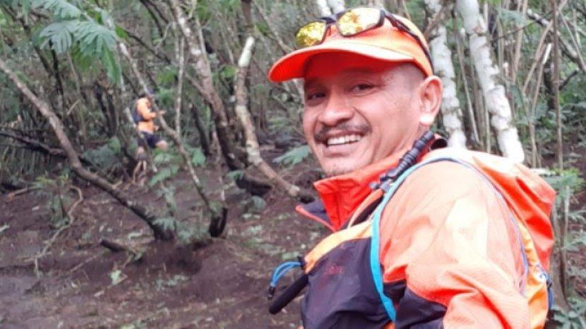 Sensasi Trail Run Ke Puncak Pawitra Gunung Penanggungan, Full Tanjakan Jalur Tanah dan Batu Padas