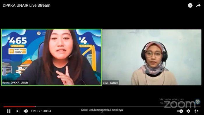Deviana Kurniawati, Client Success Senior Associate of Kalibr Indonesia saat menjelaskan materi dalam Airlangga Career Club.