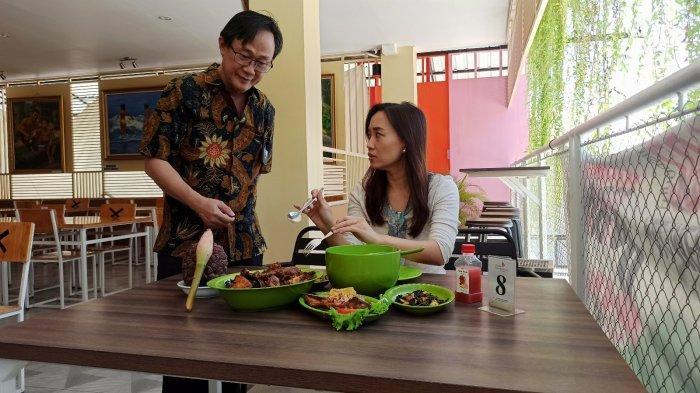 Soetjipto Widarta, Pemilik Resto Dapoer Kecombrang Kenalkan Citarasa Kecombrang di Surabaya