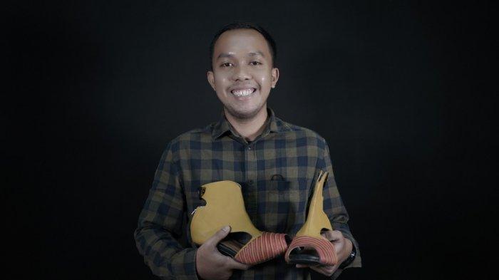 Hafidz Sirojul Munir, Angkar Budaya Banyuwangi Lewat Desain Sepatu