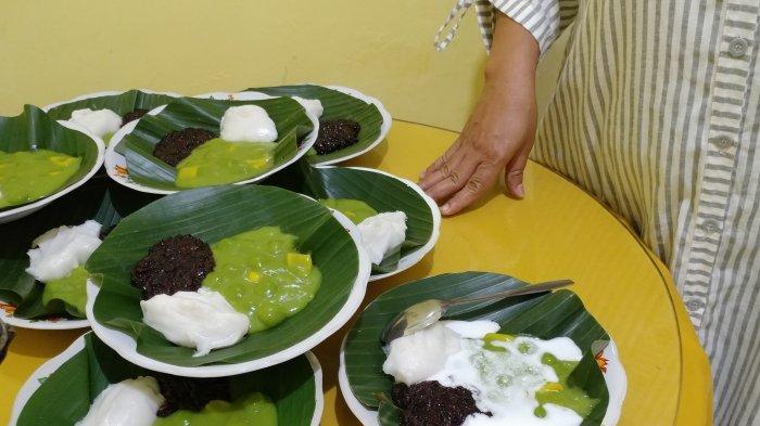 Tradisi Bagikan Jenang Sapar Sambil Meminta Keselamatan