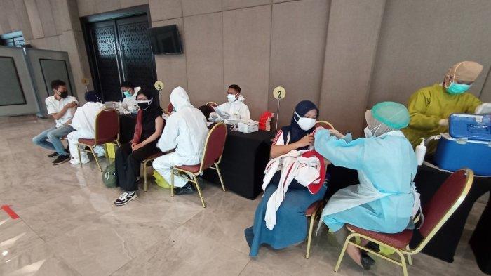 Kompas Gramedia Gandeng Kodam V Brawijaya Gelar Vaksinasi untuk KG Family
