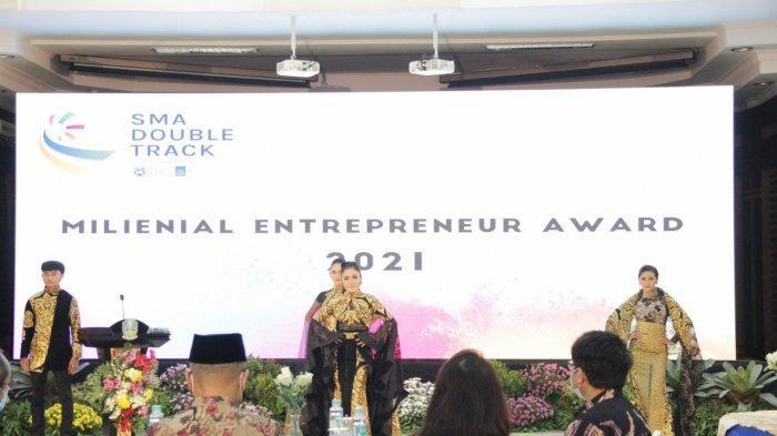Apresiasi SMA Double Track, Dindik Jatim Gelar Millenial Entrepreneur Award 2021