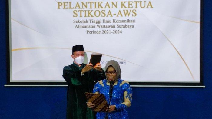 Dr Meithiana Indrasari Jabat Ketua Stikosa-AWS periode 2021-2024