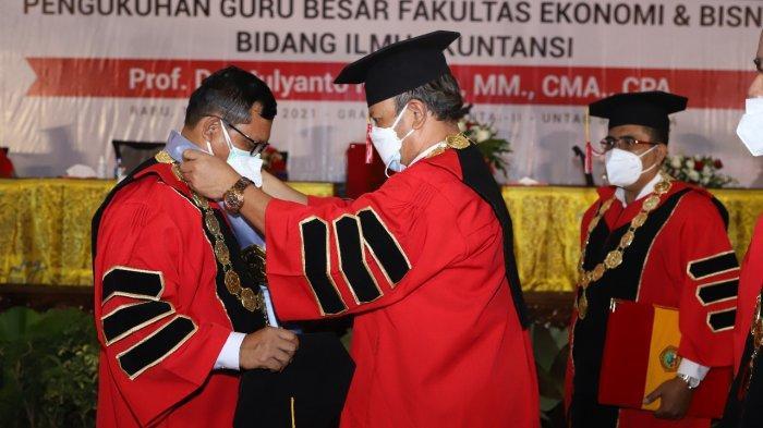 Rektor Untag Surabaya Dikukuhkan Sebagai Guru Besar Ilmu Akuntansi