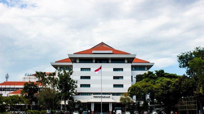 Universitas Surabaya Raih Predikat PTS Terbaik Jawa Timur dan Indonesia Timur
