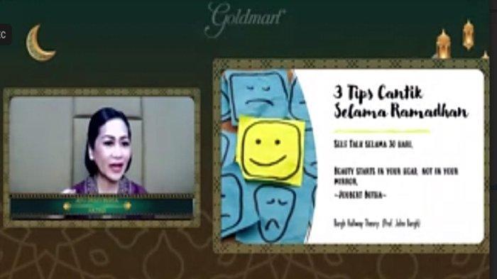 Tips Tetap Cantik Selama Ramadan ala Artis Senior Ayu Dyah Pasha