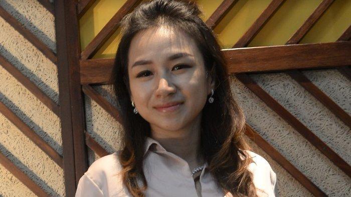 dr Iin Agustin Pelajari Kandungan Skincare hingga ke Luar Negeri