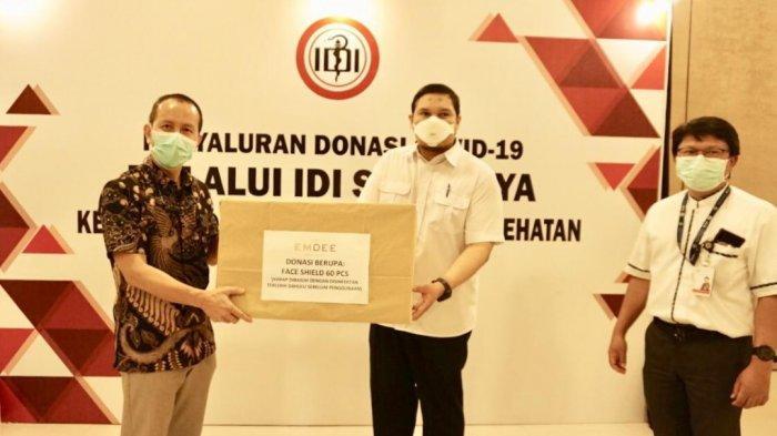 IDI Surabaya Terima Ribuan Bantuan APD dari The Emdee Skin Clinic, Bakal Disalurkan ke Klinik