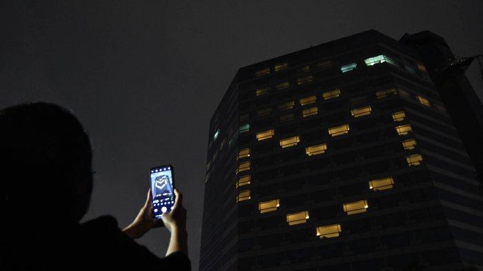 JW Marriott Surabaya Sebarkan Pesan Cinta dan Harapan Lewat Kampanye #LightForHope