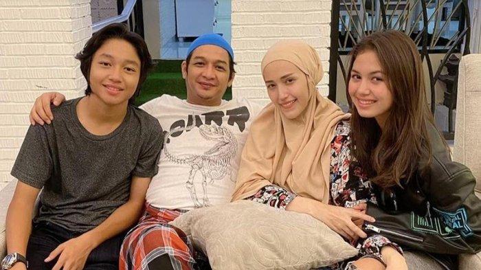 Sama-sama Sibuk, Kiesha Alvaro Belum Sempat Bertemu Pasha 'Ungu' pada Ramadan Tahun Ini