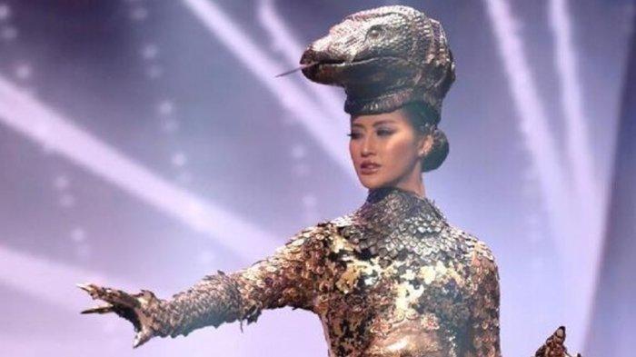 Dibuat Dari Ribuan Keping Logam, Kostum Nasional Komodo Dapat Sorotan pada Ajang Miss Universe 2021