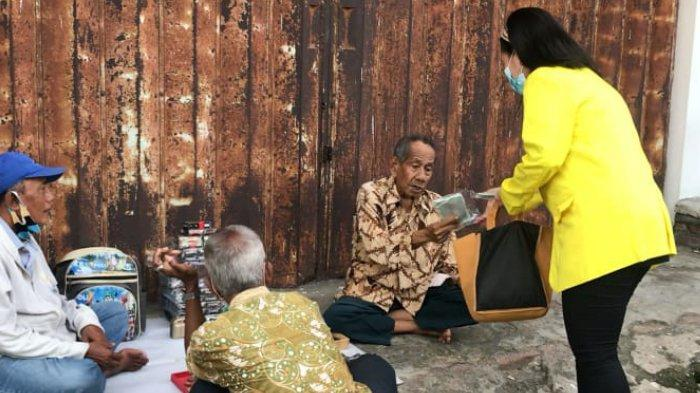 KKN UKDC Bantu Meminimalisir Penyebaran Covid-19 di Surabaya