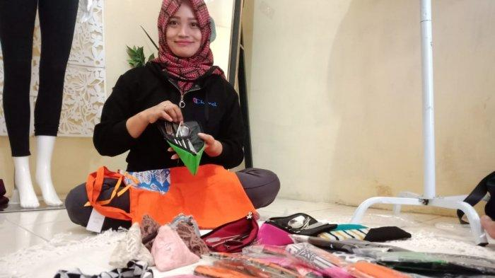 Novita Rahayu Pilih Manfaatkan Kain Perca untuk Bahan Pembuatan Aksesoris
