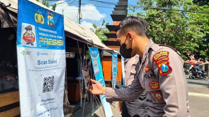 Masuk Mapolres Kediri Kota Aktifkan QR Code Aplikasi PeduliLindungi