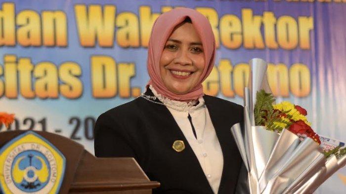 Rektor Unitomo Siti Marwiyah: Kecil Bertani, Besar Pimpin Perguruan Tinggi