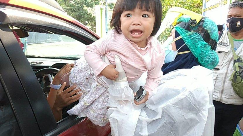 Rumah Sakit Ibu dan Anak Kendangsari Merr Buka Layanan Drive Thru Vaksinasi Dasar dan Lanjutan Anak