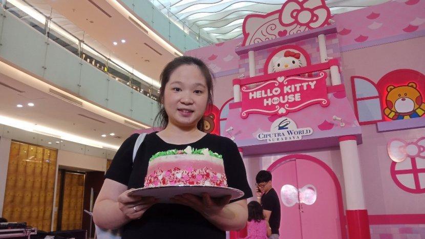 Turut Semarakkan Valentine 2020, Domideli Ciputra World Gelar Workshop Rose Cake Decorating