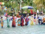 desainer-embran-nawawi-ajak-anak-anak-yayasan-nurul-hazanah-surabaya-ikuti-wet-fashion-show.jpg