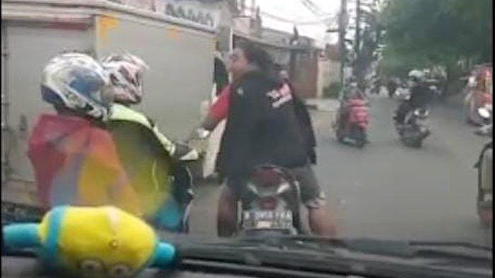 Viral Media Sosial Ambulans Dihalangi Pengendara Motor Cekcok di Jalan, Begini Ceritanya