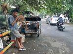 Yahya-Tukang-Becak-di-Pasar-Anyar-Kota-Tangerang.jpg