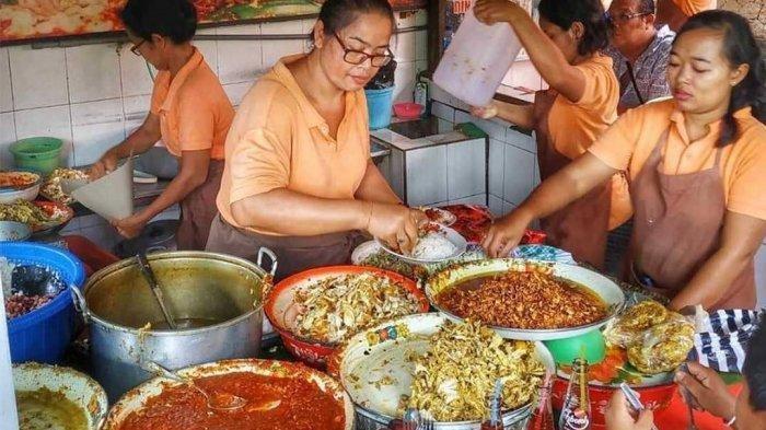 Kelezatan 5 Kuliner Lokal Legendaris di Bali Wajib Kamu Cicipi