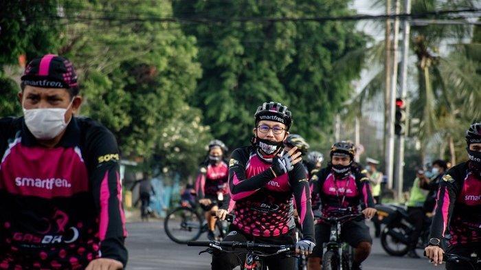 Smartfren Adakan Fun Bike dengan Protokol Kesehatan untuk Mitra Outlet dan Distributor di Bali