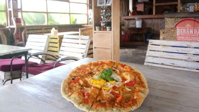 Lezatnya Pizza Beranda Vintage Resto, Yang Dibandrol Mulai Dari Harga Rp 17 Ribuan