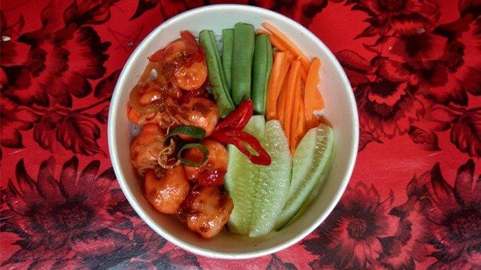 Menu Ricebowl Spicy Chicken Balls, Rasa Gurih Dan Pedas Manis Menjadi Satu Kesatuan