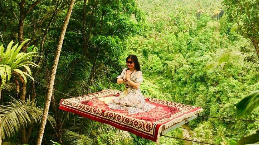 Sensasi Naik Karpet Aladdin di Surya Bintang Swing
