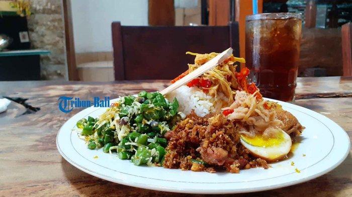 Nikmatnya Nasi Ayam Khas Bali di Warung Nasi Ayam Ibu Oki