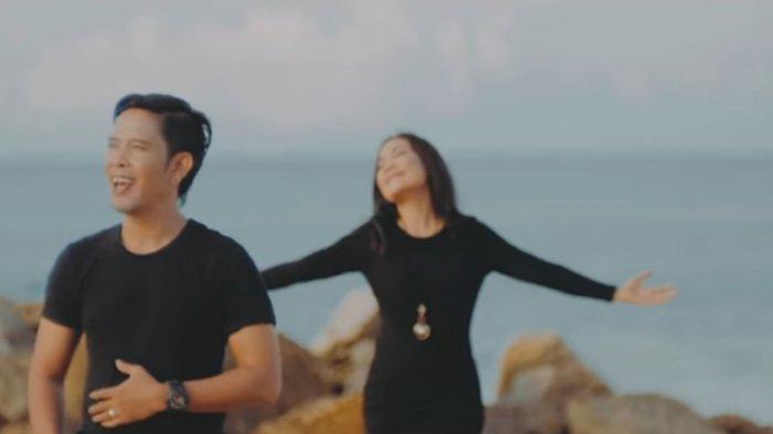 Single 'Astungakara Ada Jalan' Tembus 1 Juta Penonton, Ayu Saraswati Ungkap Kebahagiaan